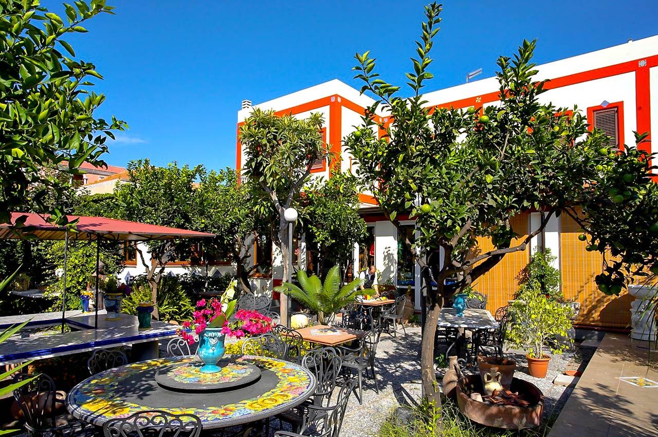 Esterna Hotel Oriente Lipari